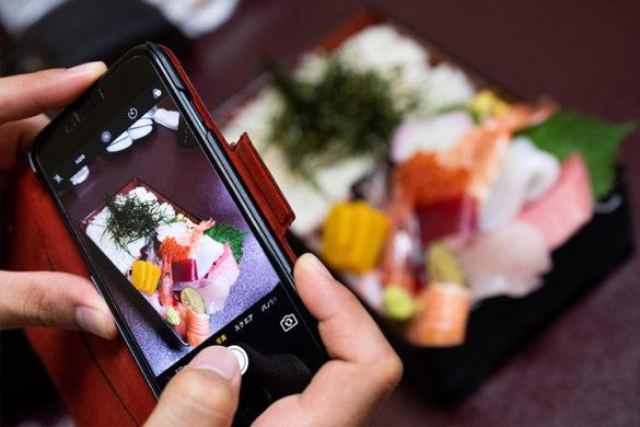 インスタ映えする食べ物の写真の撮影方法と加工のコツ