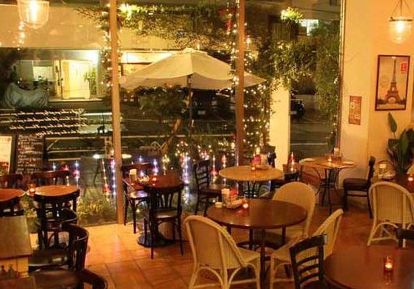 【アクイーユ】恵比寿で美味しいディナーが頂けるカフェ
